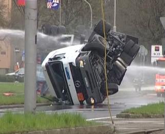 Nehoda kamionu v Ostravě