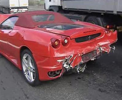Havarované Ferrari