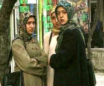 Turecké dívky v šátcích