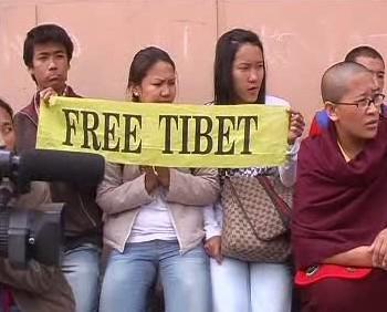 Demonstranti za svobodný Tibet