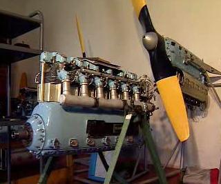 Letecký motor