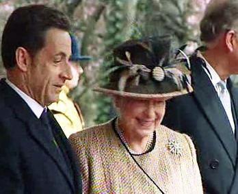 Nicolas Sarkozy a Alžběta II