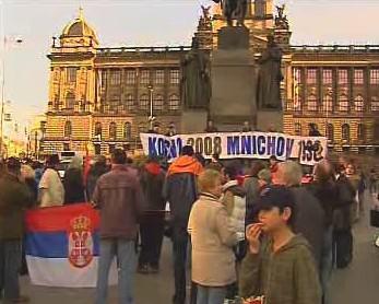 Demonstrace proti uznání Kosova