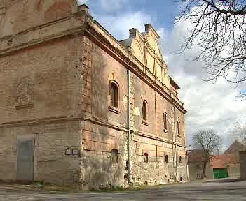 Barokní pivovar v Buštěhradu