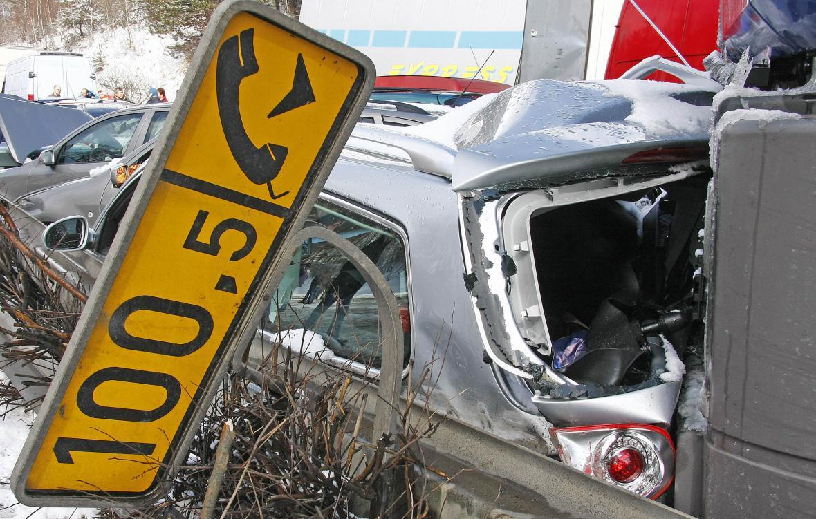 Hromadná nehoda na dálnici D1