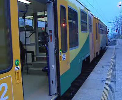 Nízkopodlažní vlak