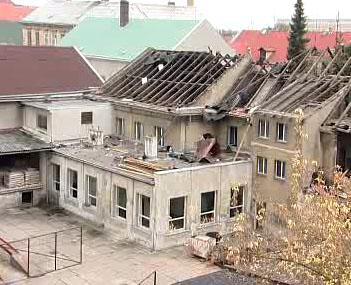Demolice bývalého hostince v Duchcově