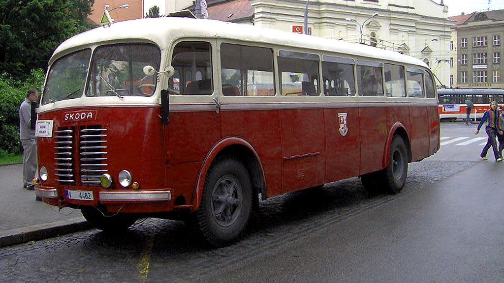 Historický autobus