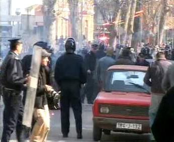 Demonstrující Srbové v Banja Luce