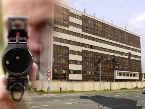 Na budovu BIS se střílelo
