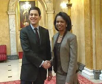 Condoleezza Riceová a David Miliband