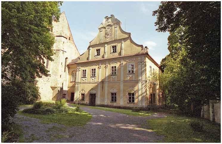 Bývalý zámek v Pohledu