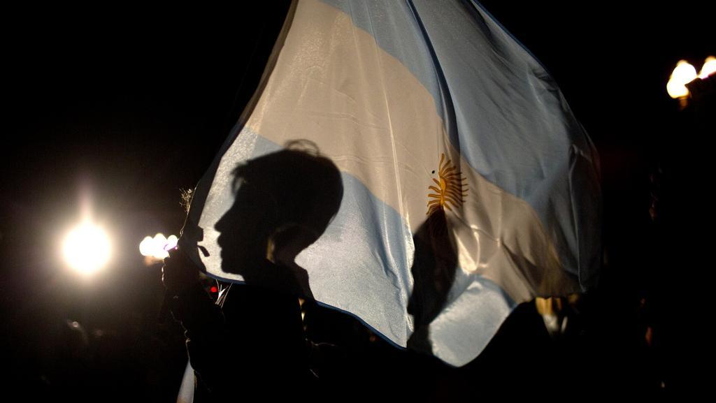 Davy žádají vyšetření smrti právníka, který kritizoval prezidentku