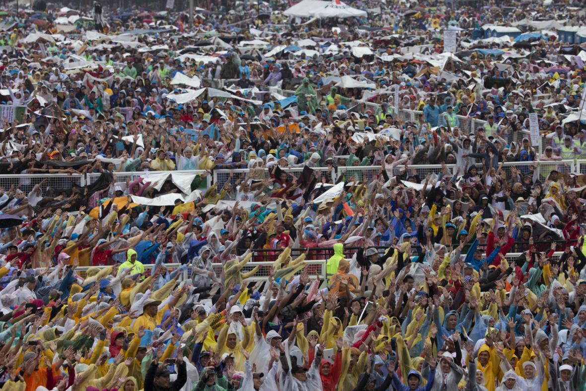 Františkovy mše se v Manile zúčastnilo na šest milionů lidí