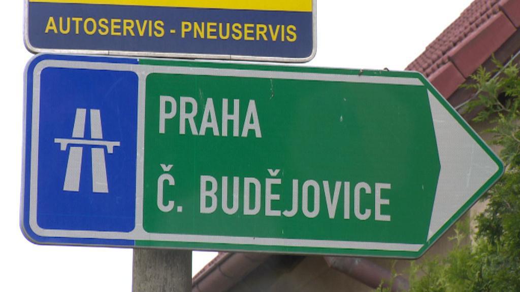 Značení v Soběslavi na silnici E55