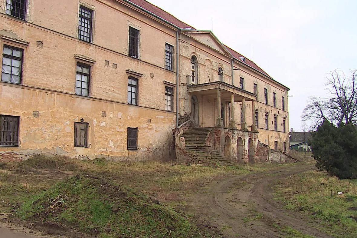 Zámek Hrušovany