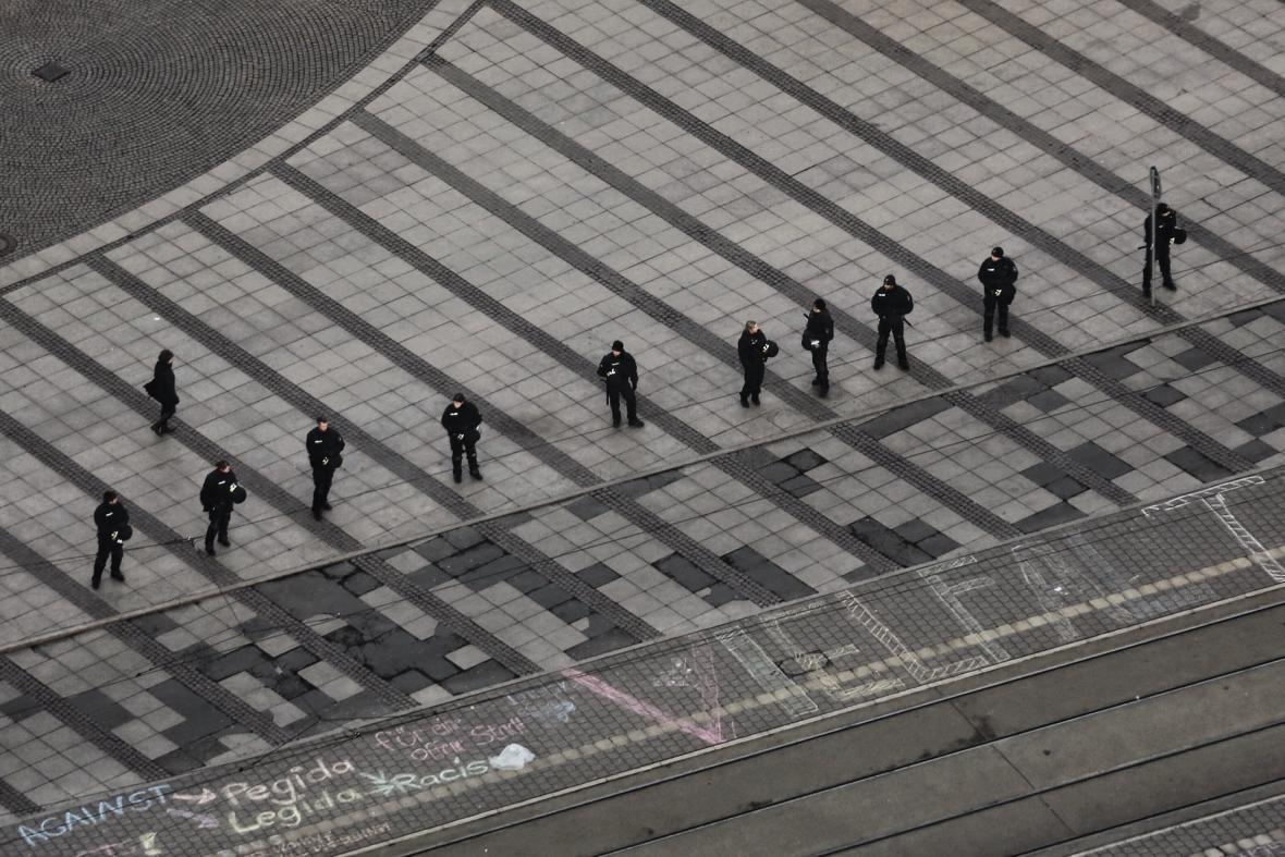 Lipsko nasadilo do ulic přes čtyři tisíce policistů
