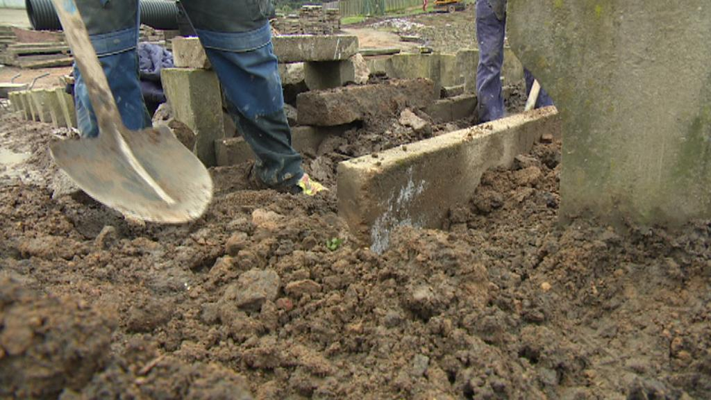 V amfiteátru na Lochotíně nyní pracují dělníci