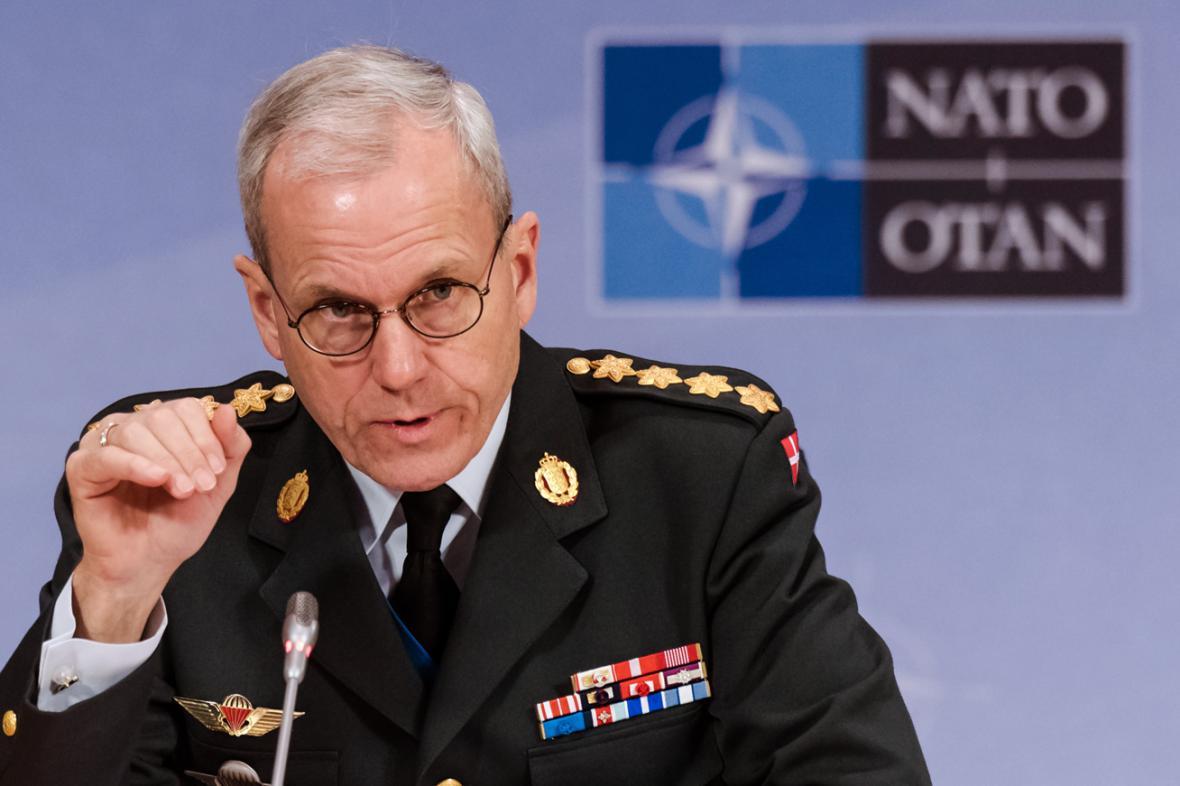 Knud Bartels po jednání Vojenského výboru NATO