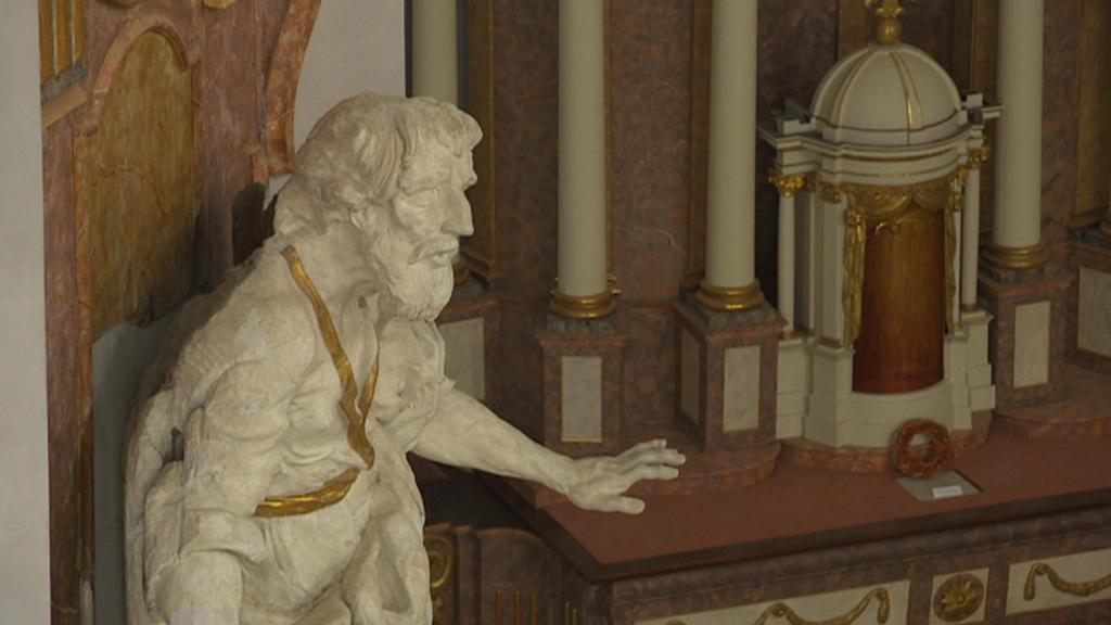 Socha v chhrámu Nalezení sv. Kříže v Litomyšli