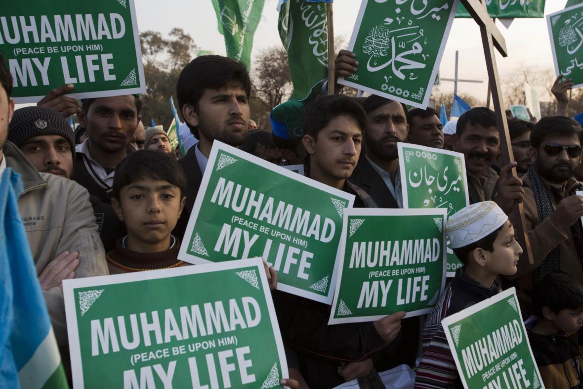 Demonstrace proti Charlie Hebdo v Pákistánu