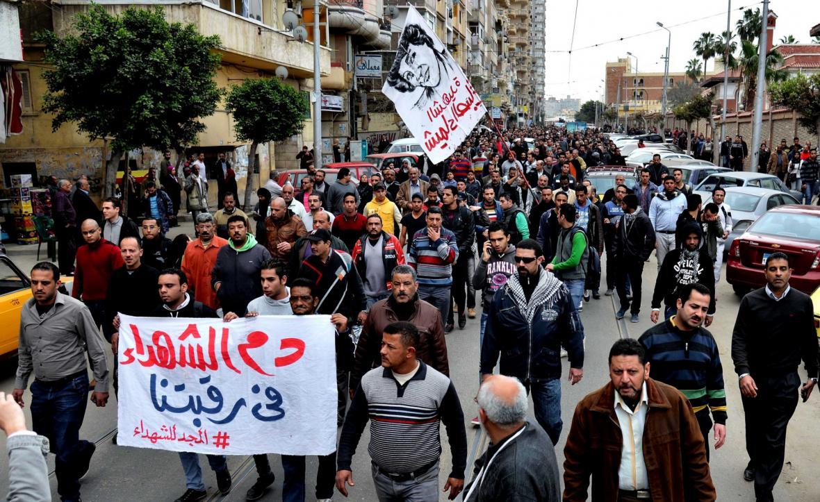 Egyptští demonstranti