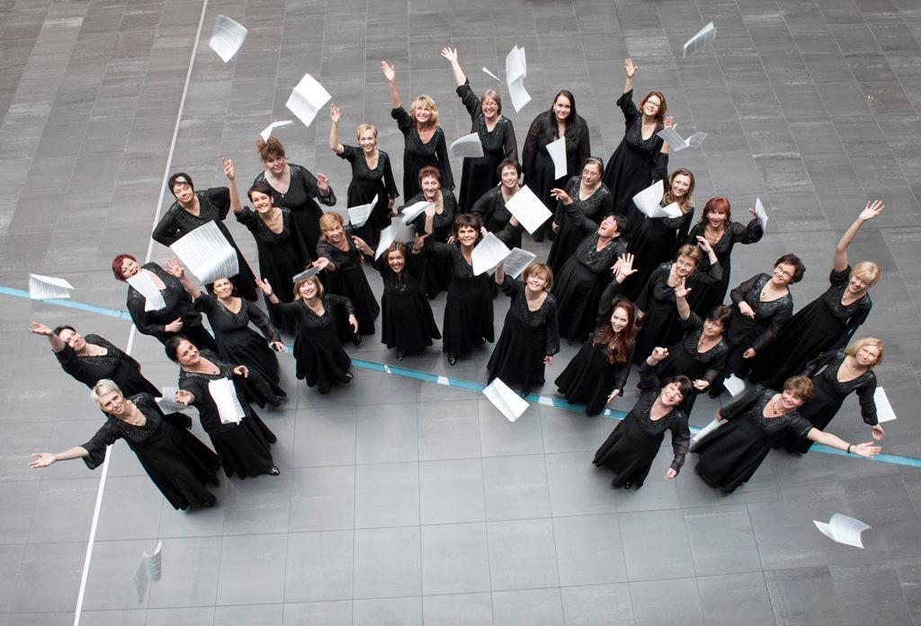 Ženská část Pražského filharmonického sboru