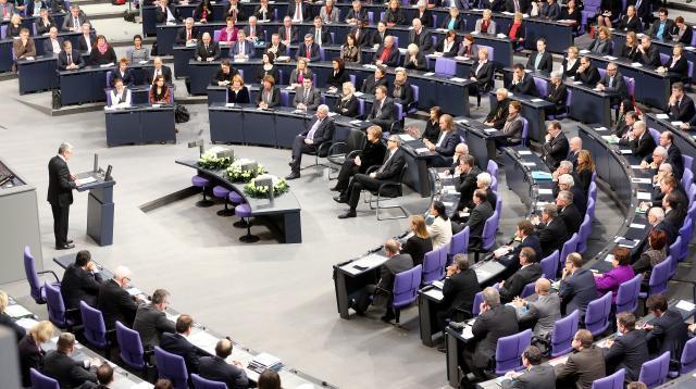 Gauckova slova mnozí vyslechli se sklopenou hlavou