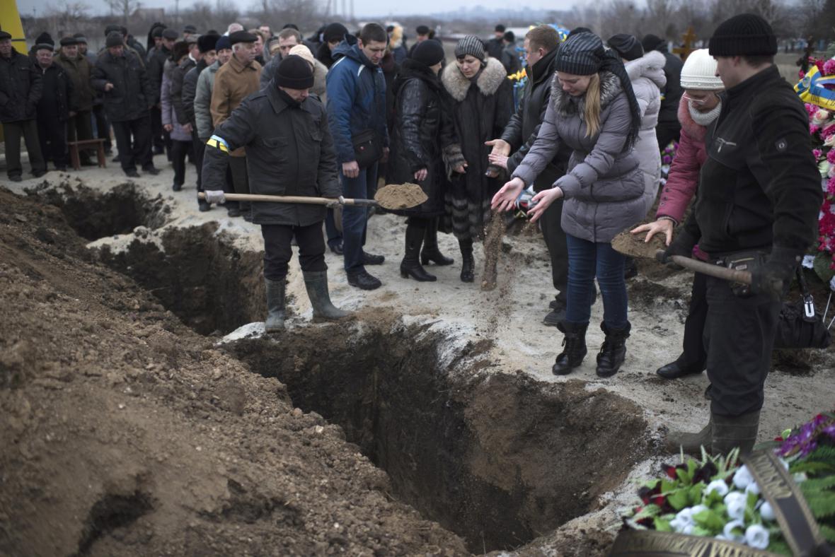 Pohřbívání obětí