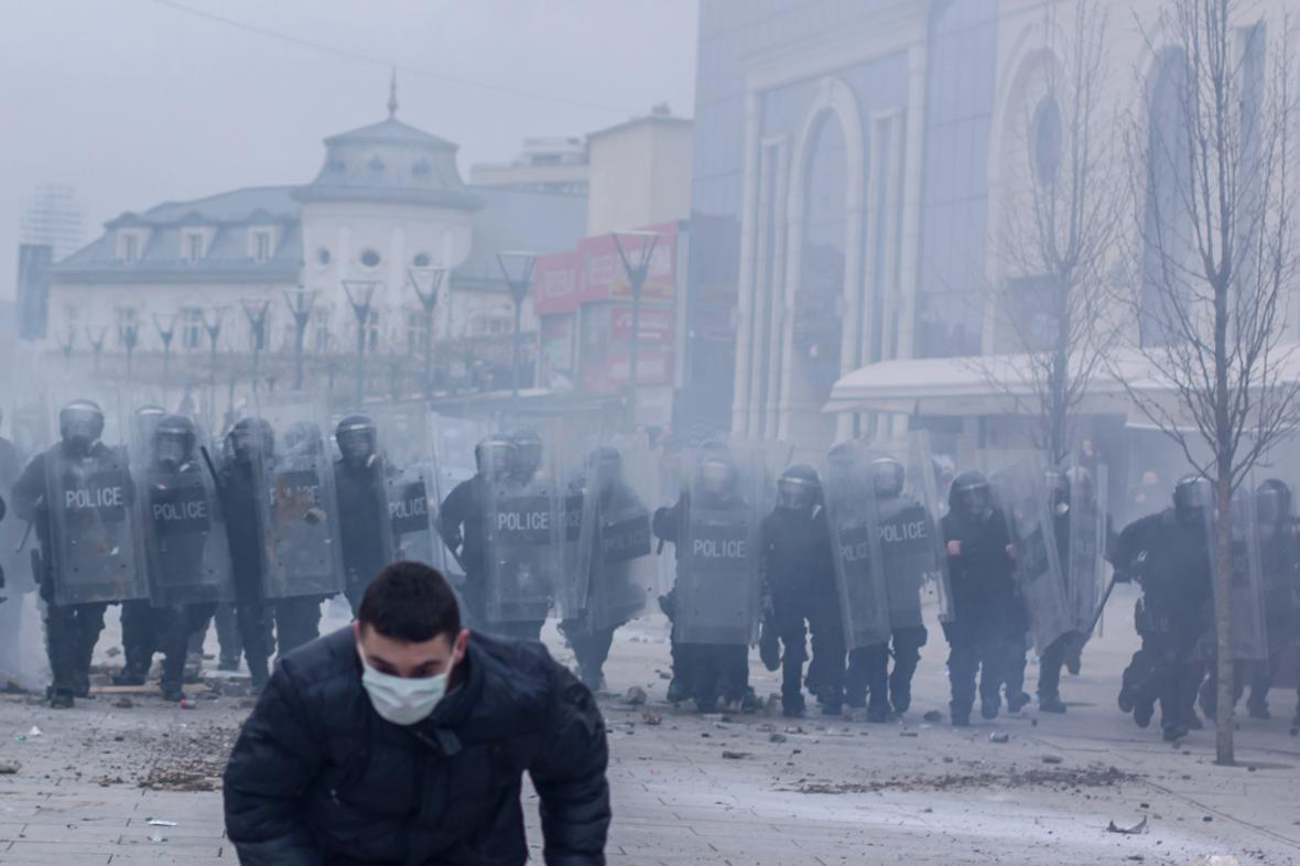 Nepokoje v Prištině
