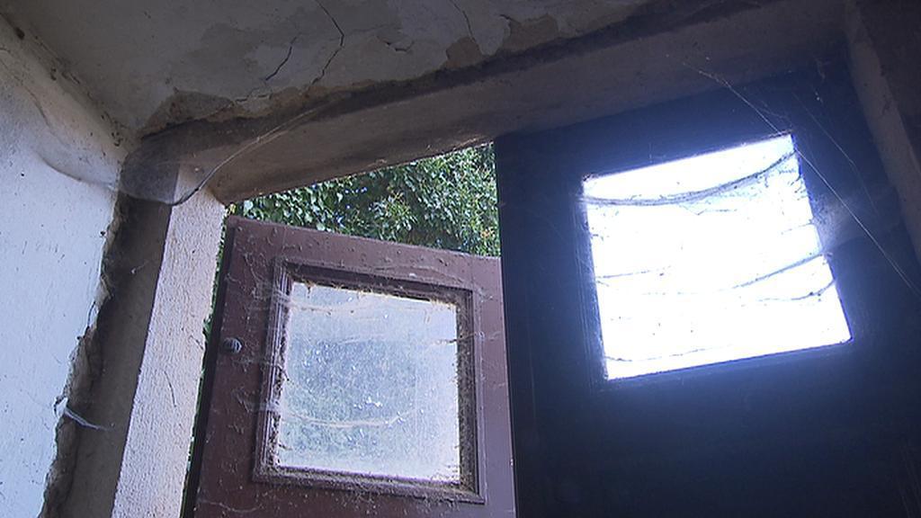 Dveře do Werichovy vily