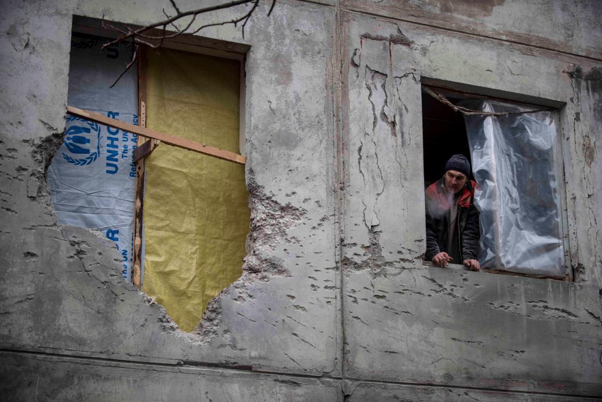 Zničený dům v ukrajinském Mariupolu