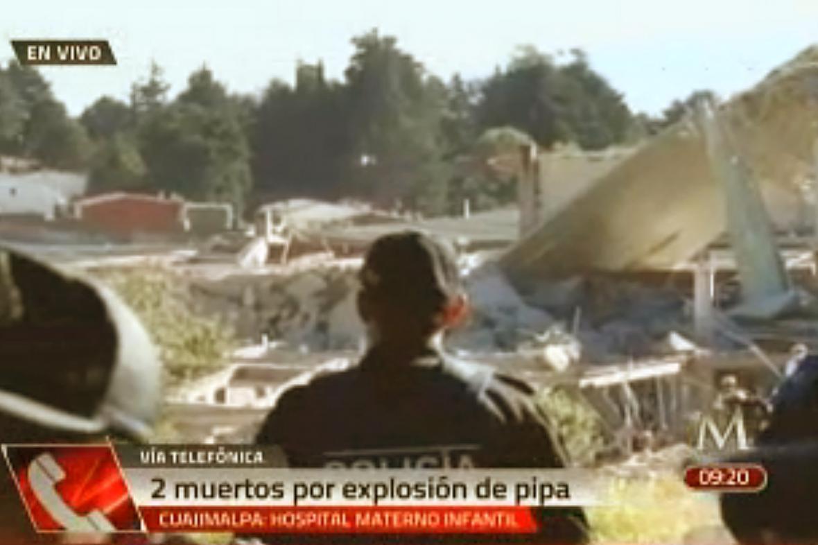 Následky výbuchu plynu před mexickou porodnicí