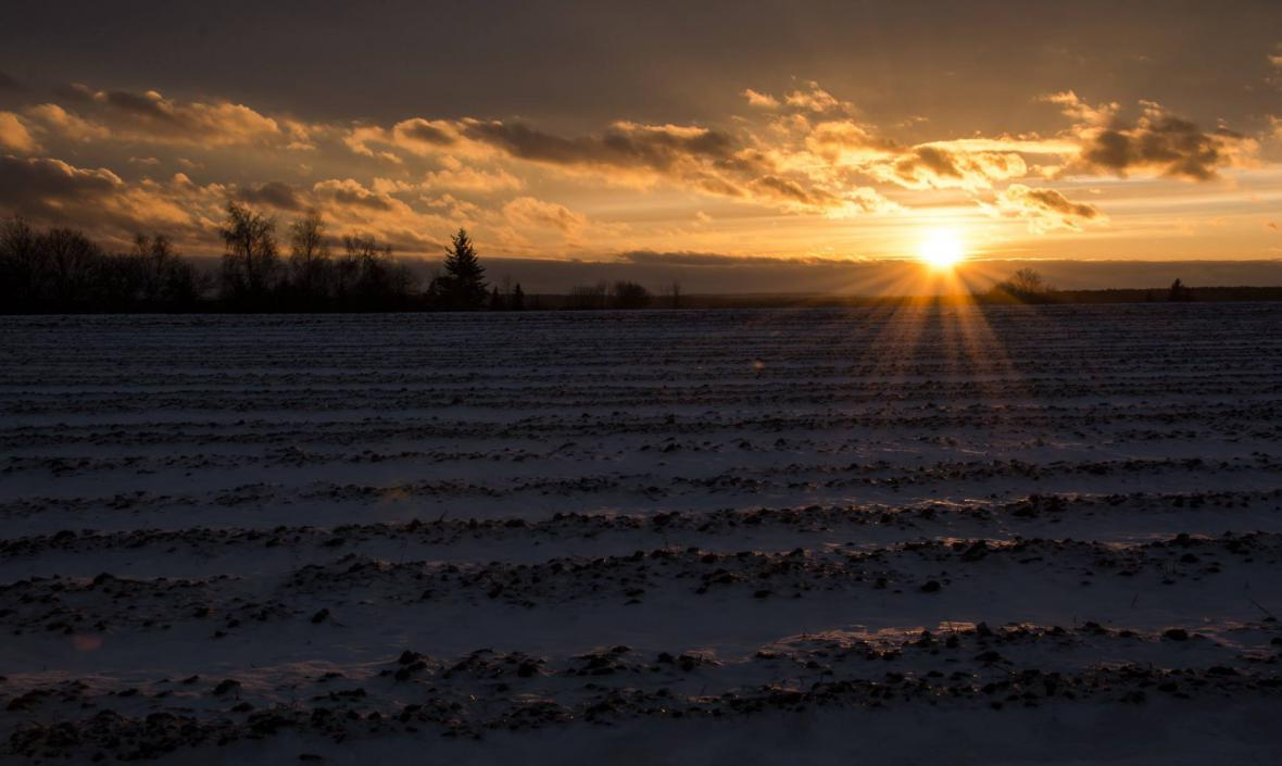 Západ slunce na Křivoklátsku u Nového Strašecí