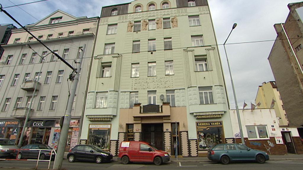 Dům od architekta Emila Králíčka na Bubenském nábřeží