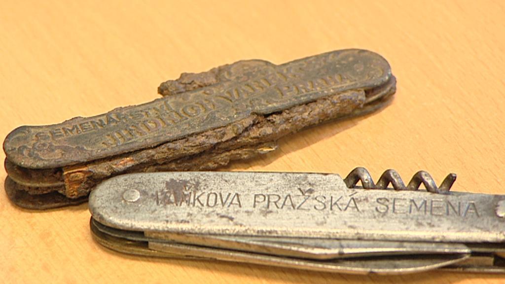 Firemní nožík