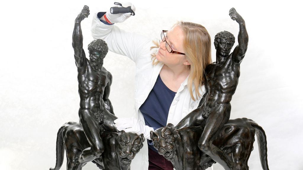 Dvě údajné Michelangelovy sochy se připravují na výstavu