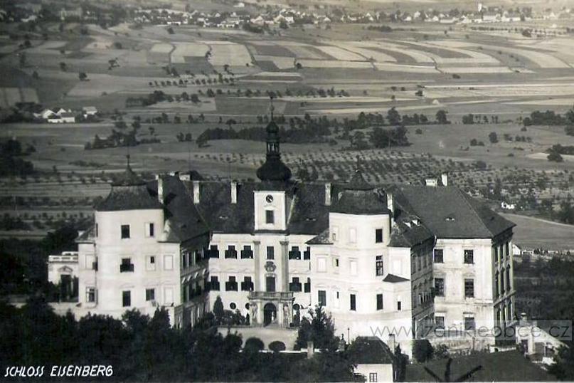 Zaniklá obec Jezeří