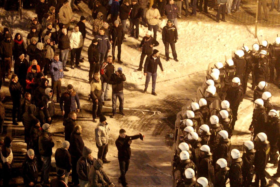 Potyčky polských horníků s policií