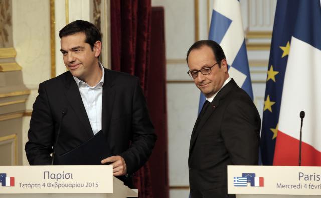 Alexis Tsipras a Francois Hollande po pařížském setkání