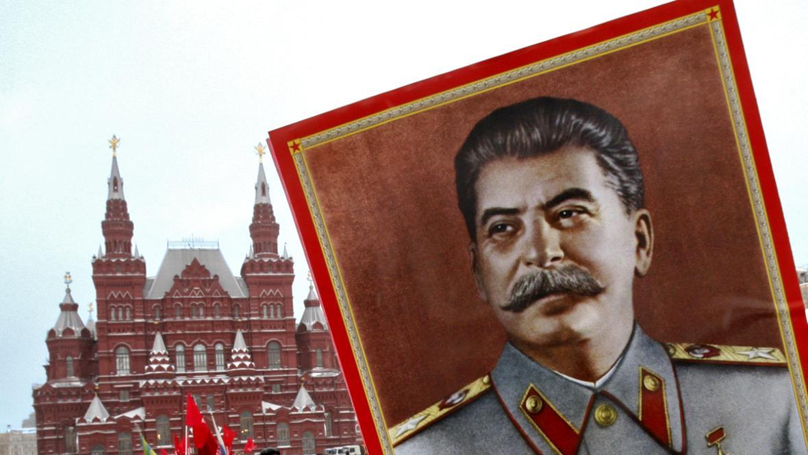 Moskveská demonstrace na podporu Stalina