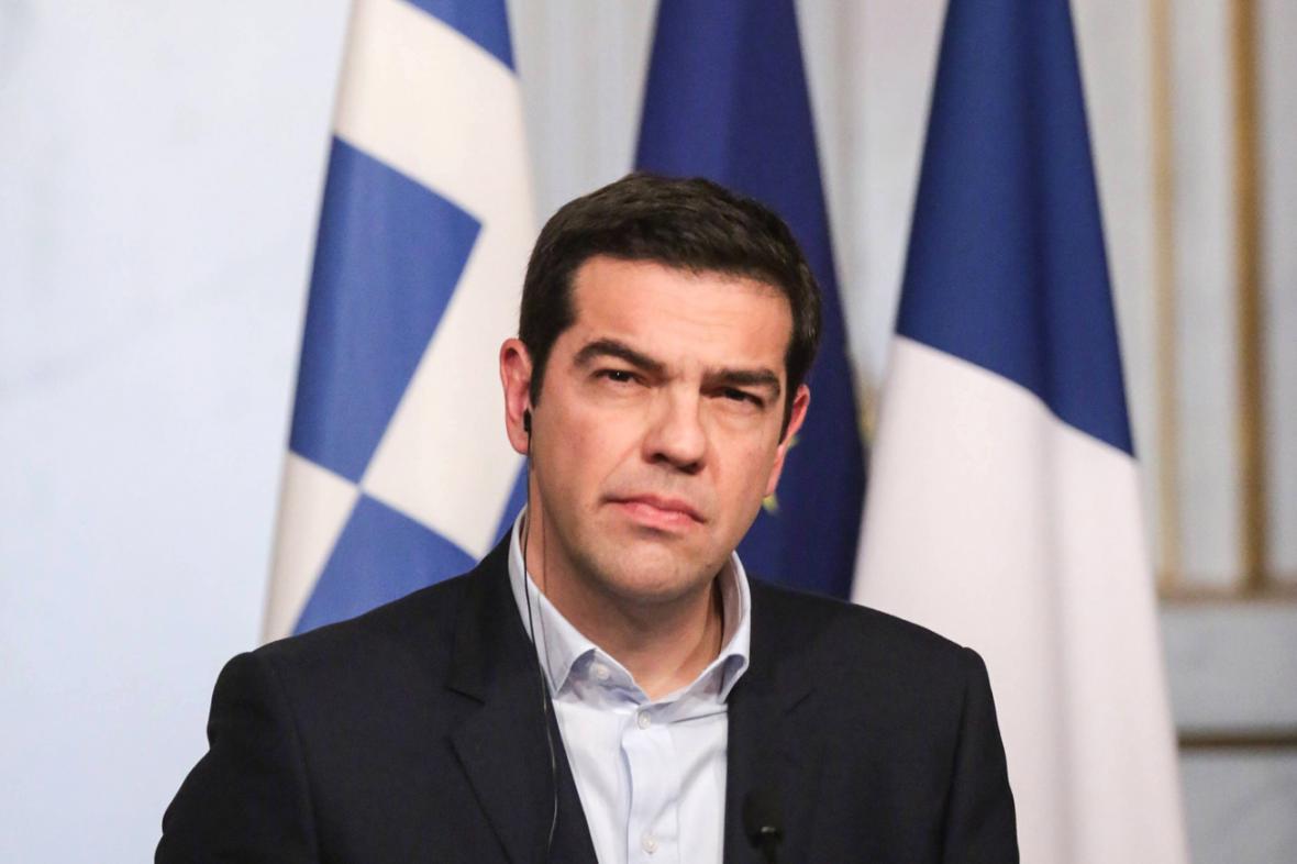 Alexis Tsipras si na kravaty nepotrpí