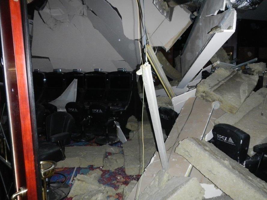 Zhroucený strop kasina ve Strážném