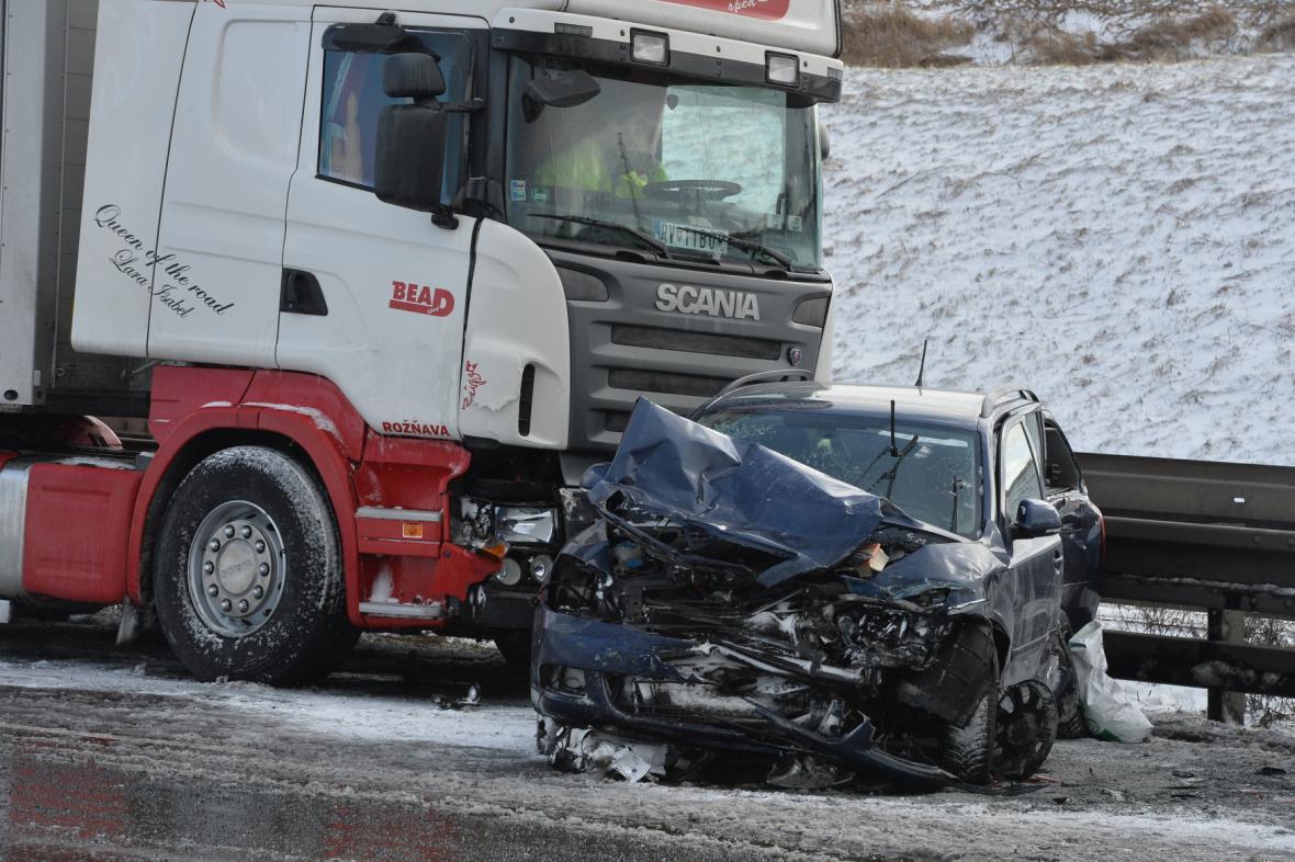 Nehoda na Pražském okruhu
