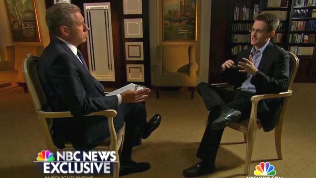 Brian Williams v rozhovoru s Edwardem Snowdenem