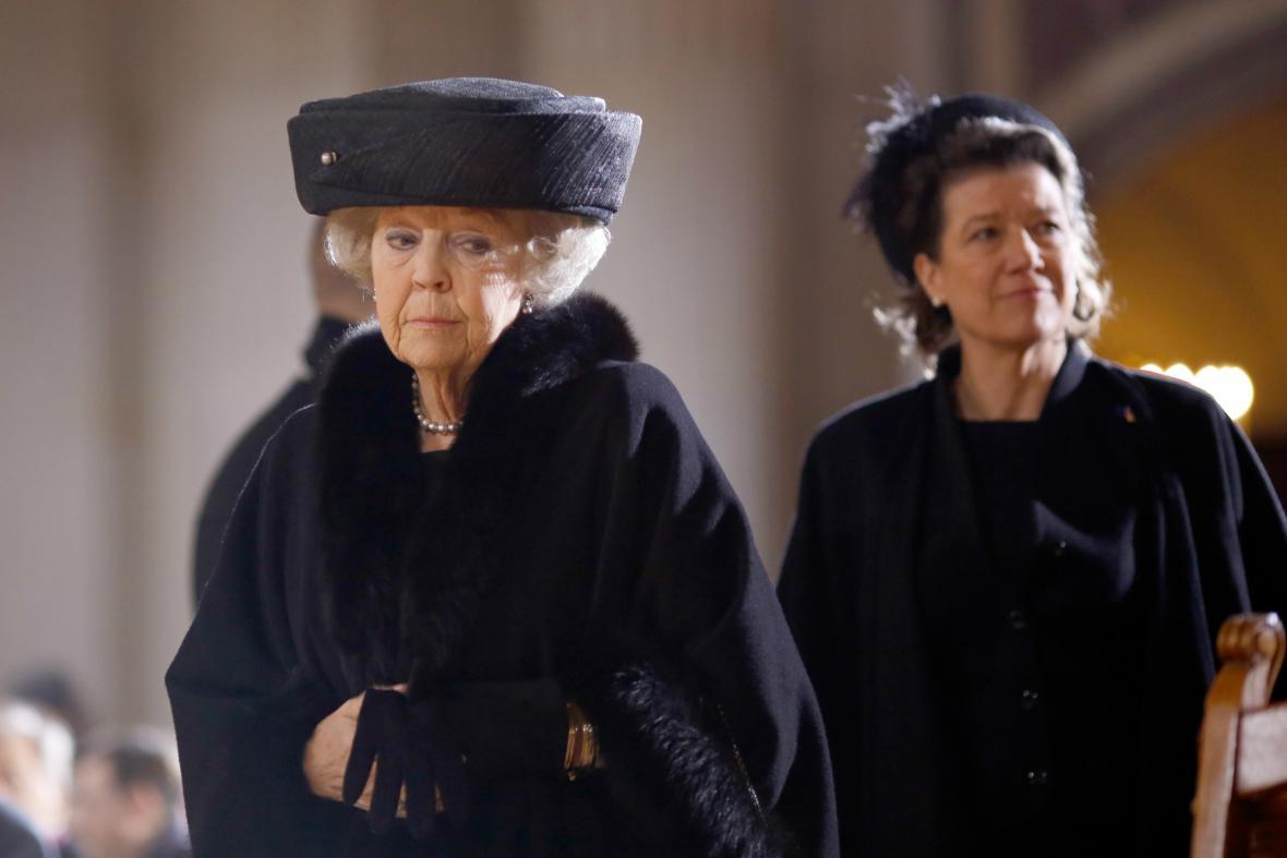 Na pohřeb Richarda von Weizsäckera dorazila i bývalá nizozemská královna Beatrix