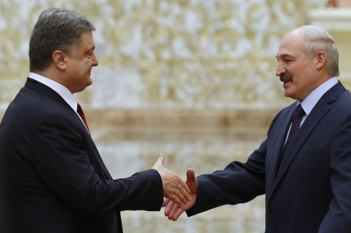Petra Porošenka přijal v Minsku Alexandr Lukašenko