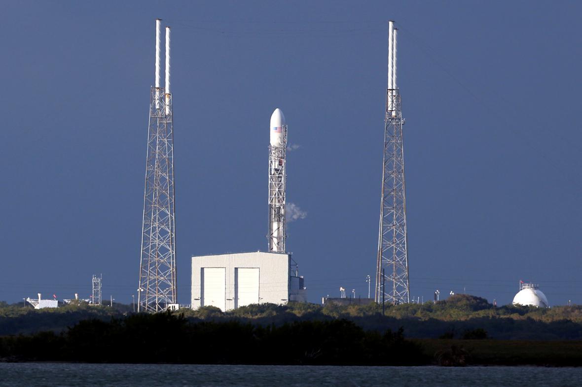 Falcon 9 před startem