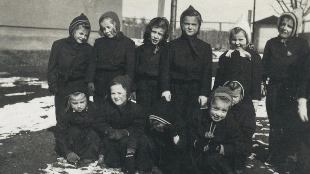 Fotografie dětí ve Svatobořicích