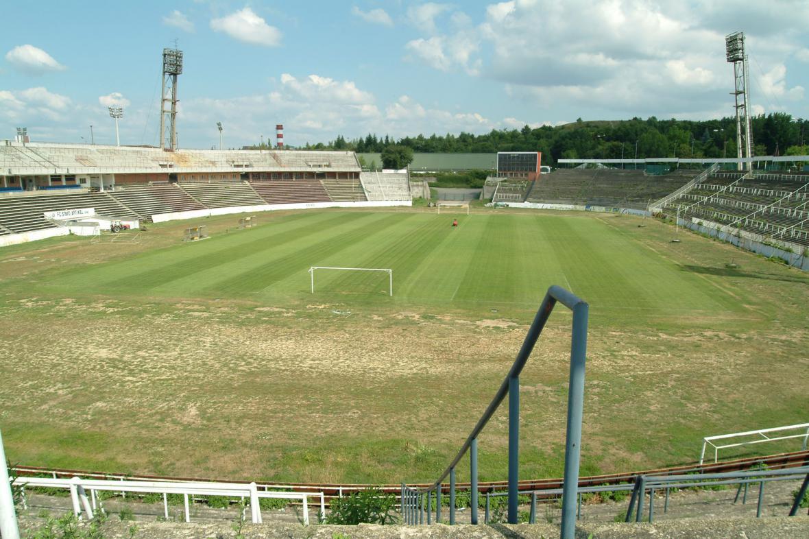 Stadion Za Lužánkami v roce 2002
